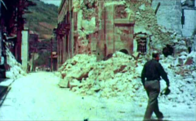 Guernica bombardeada 24