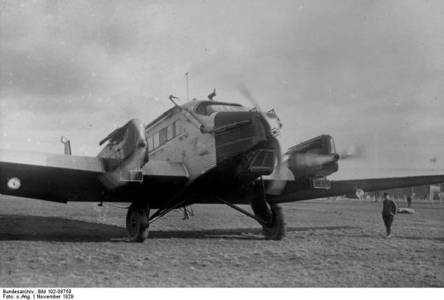 Flugzeug Junkers G-24